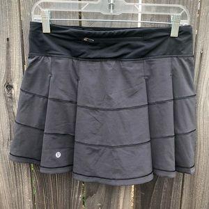 Lululemon black workout skirt pace rival